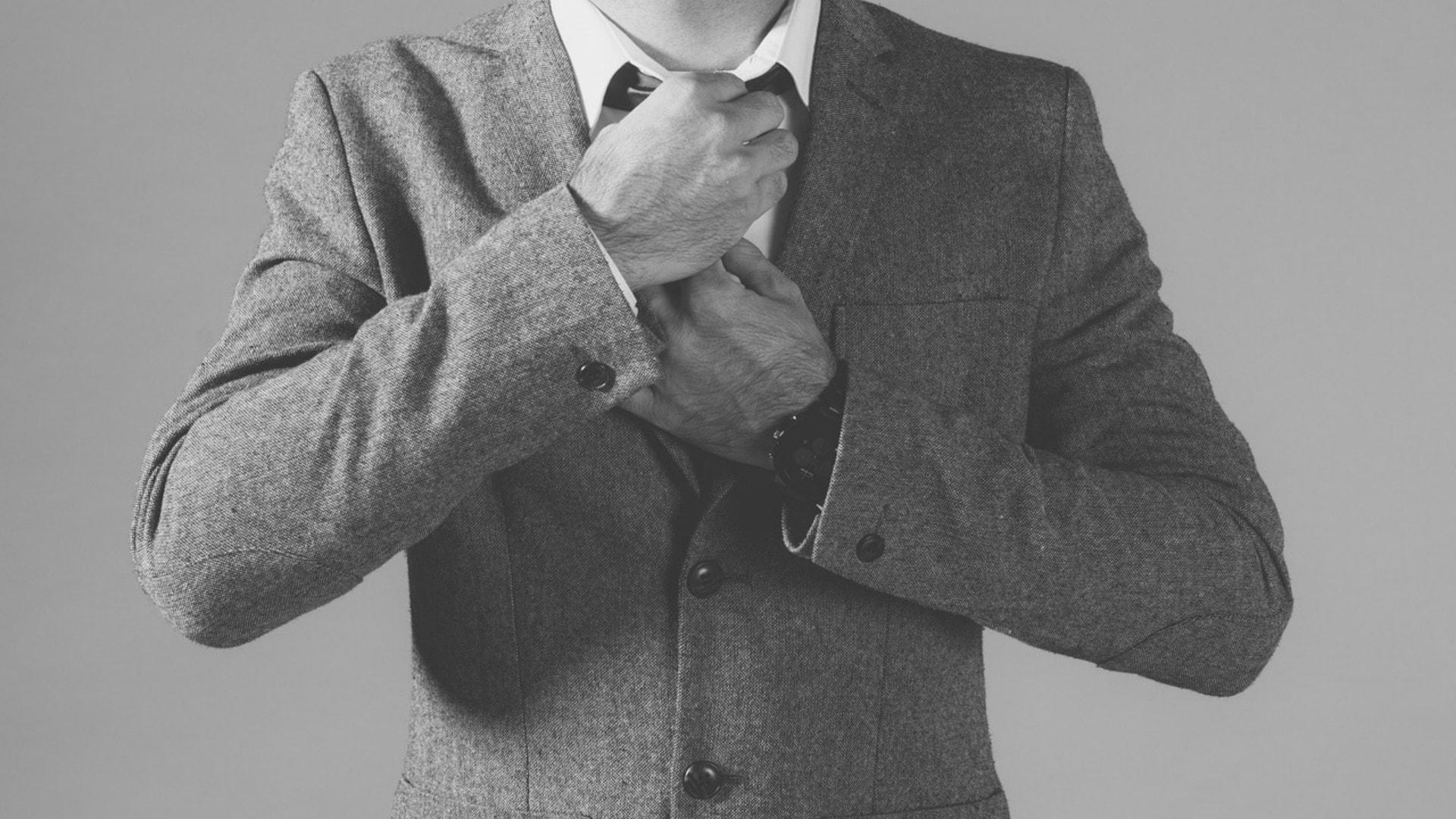 Abrigo largo para hombre: ¿Cómo elegir y combinar un abrigo casual?