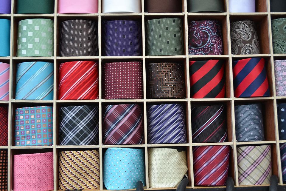 ¿Qué significa el color de la corbata?