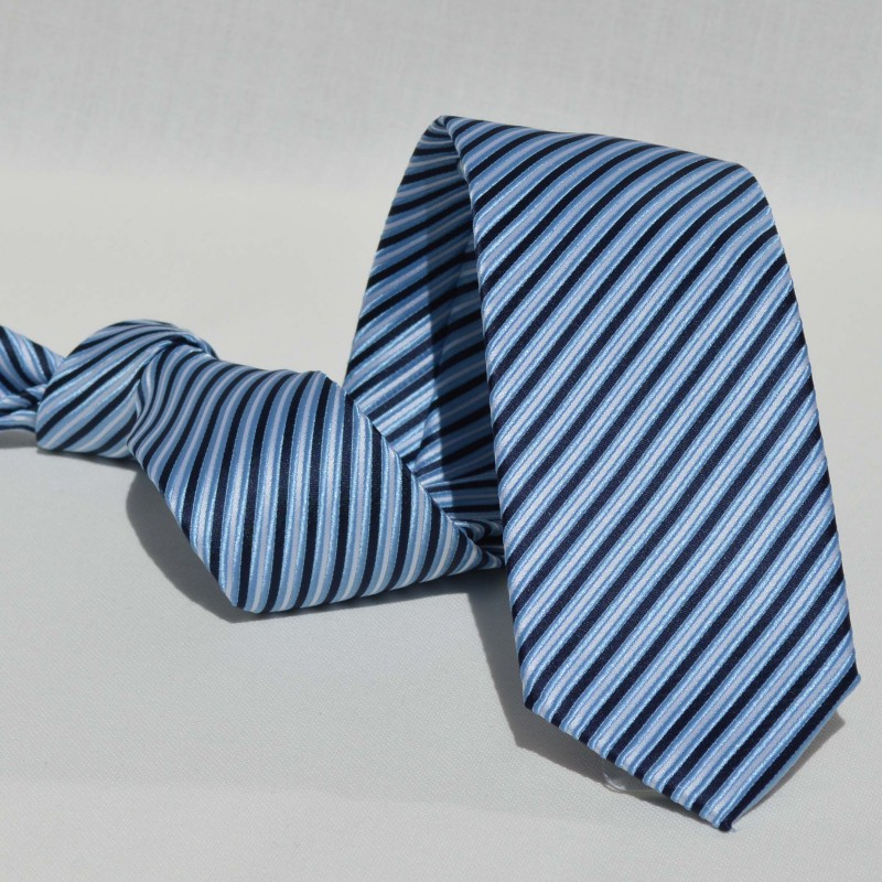 Corbata Azul Rayas Celestes y Blancas