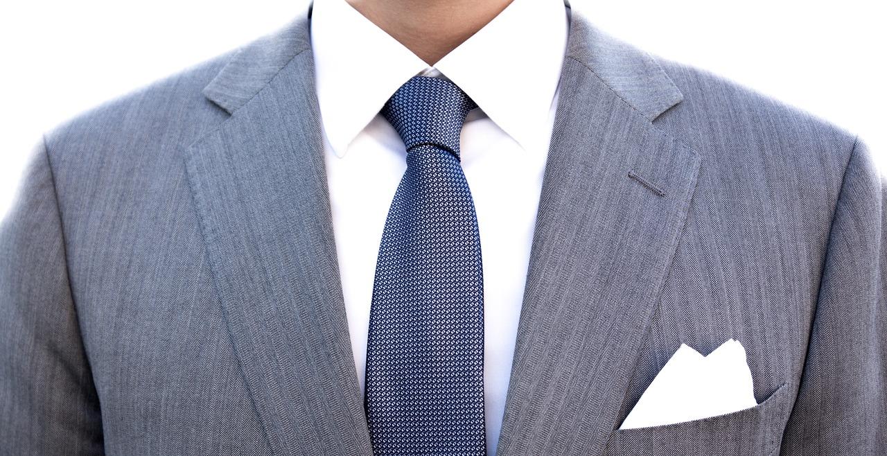 ¿Quieres saber elegir bien una corbata y perfeccionar tu estilo? En Cencibel te contamos cómo